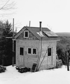 Off Grid, tiny house on a mountaintop in Greene County, NY Design, Ben Fiering Project by Third Floor Corp, Photo by Ben Fiering